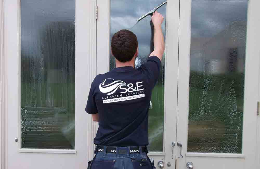 S & E Cleaning service pages