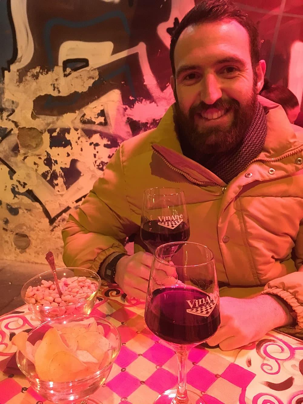 Enjoying a glass of wine at Vinarte (Piazza Bellini)